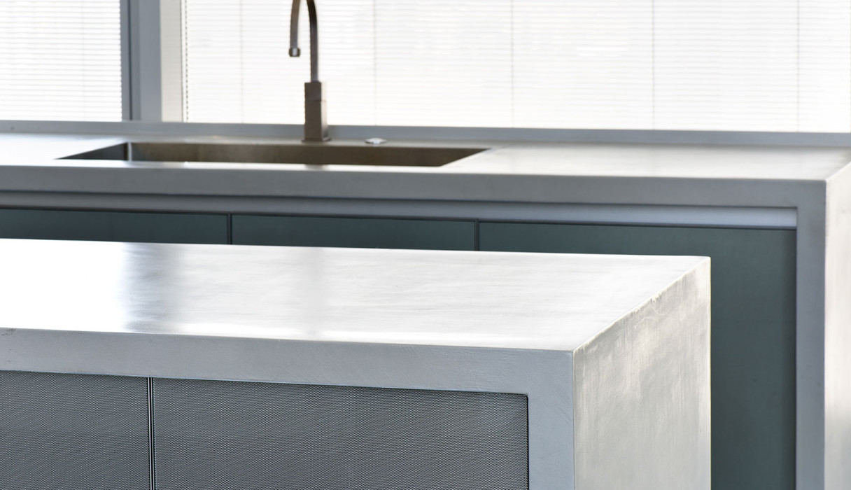 Concrete kitchen by BETONADA (5)