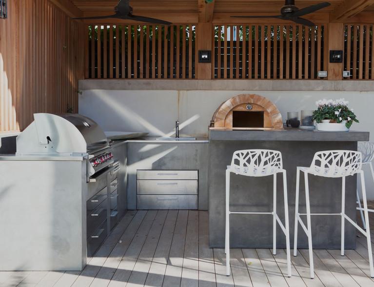 Concrete outdoor kitchen by BETONADA (16)