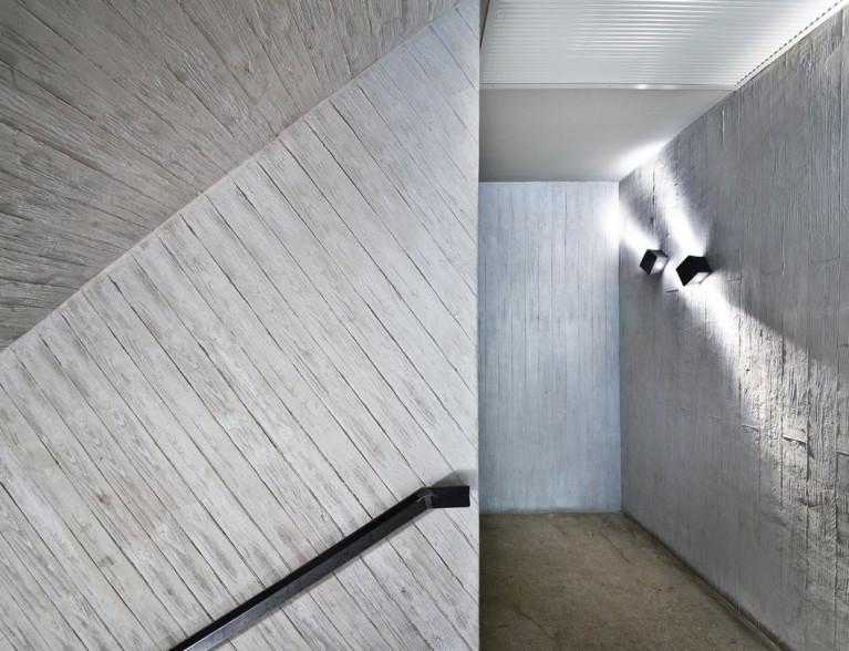 Concrete wall by BETONADA (8)