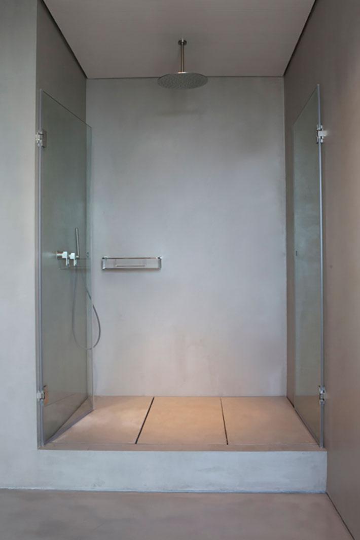 Concrete bathroom by BETONADA (1)