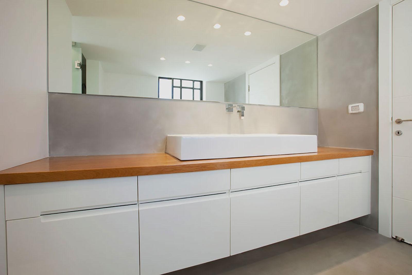 Concrete bathroom by BETONADA (10)