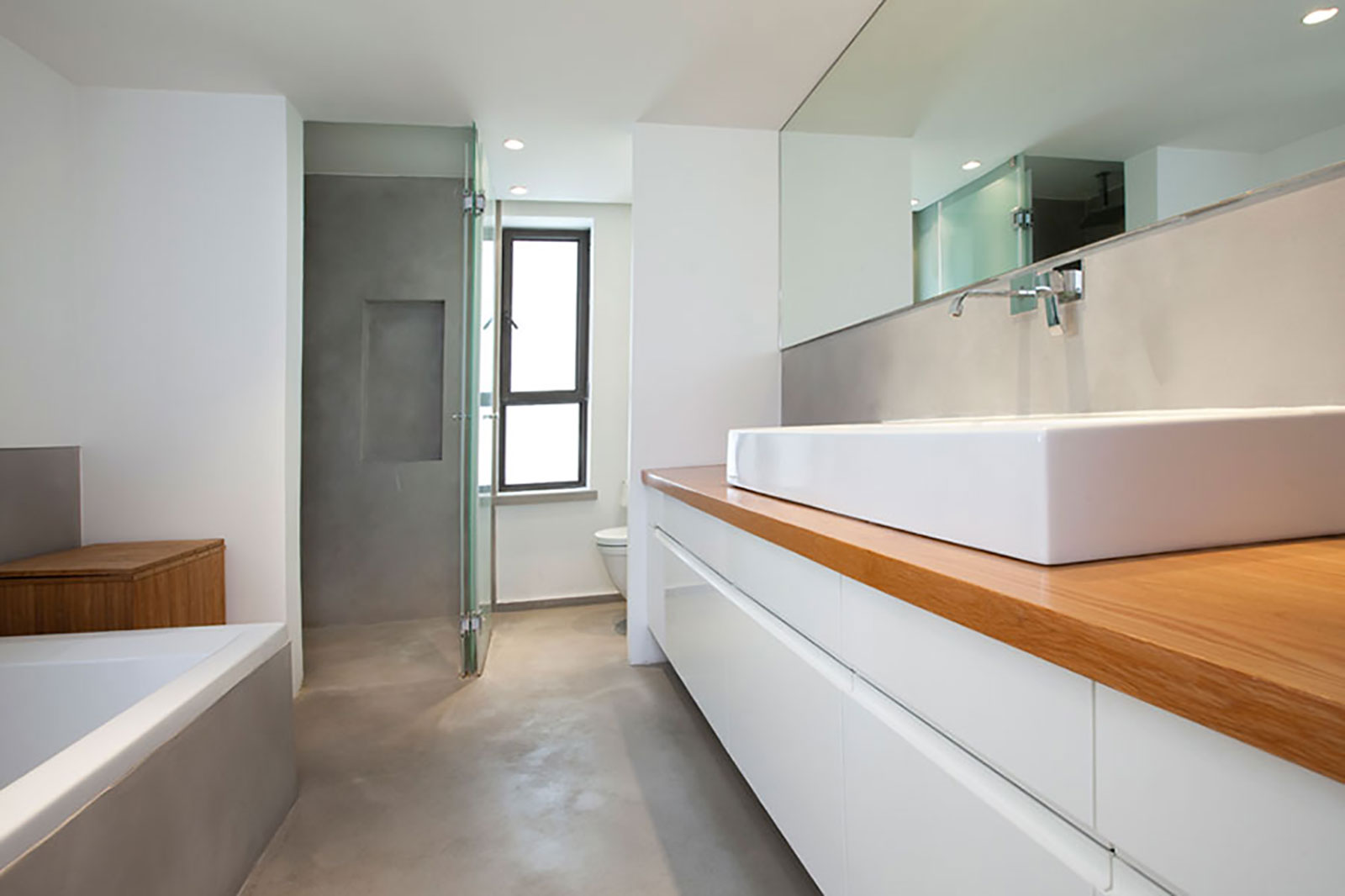 Concrete bathroom by BETONADA (12)