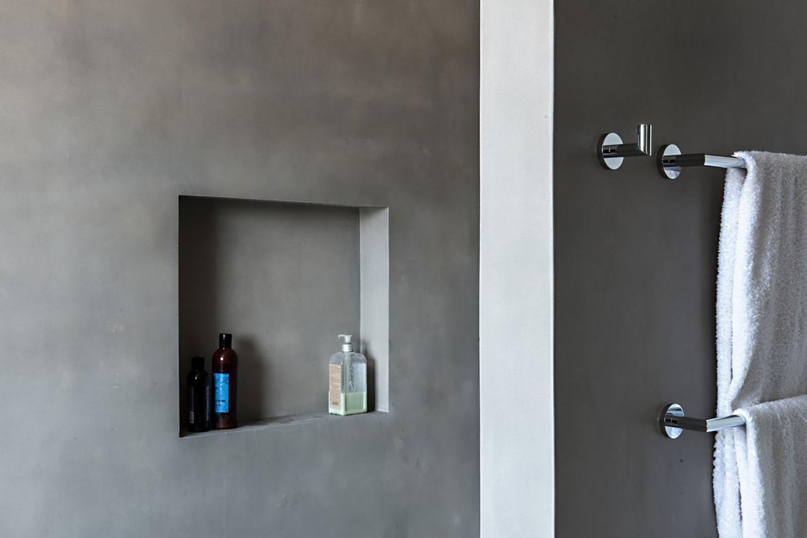 Concrete bathroom by BETONADA (27)