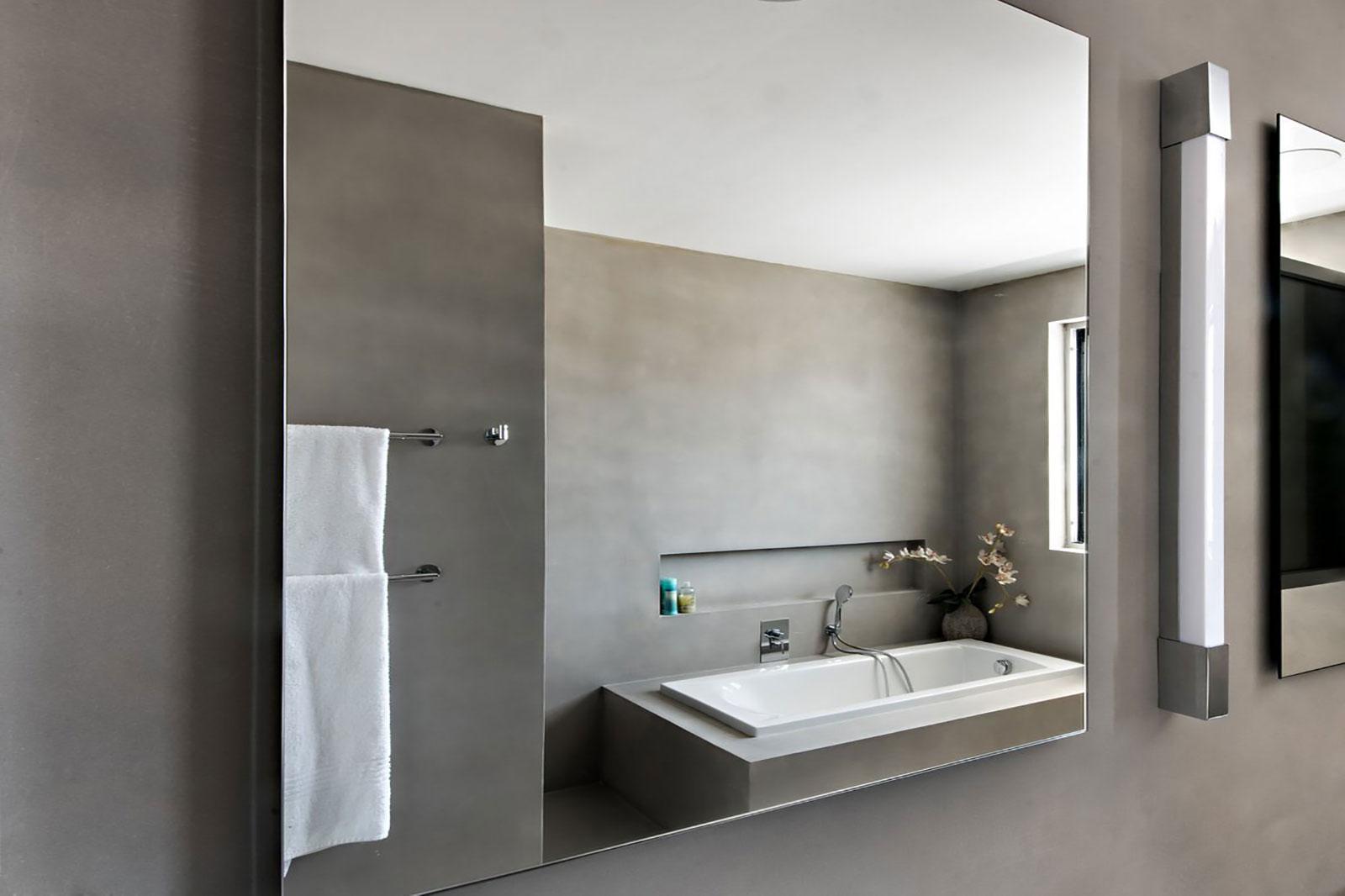 Concrete bathroom by BETONADA (28)
