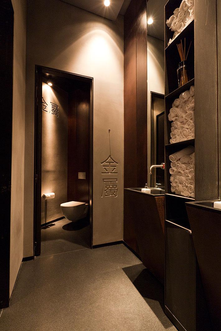 Concrete bathroom by BETONADA (35)