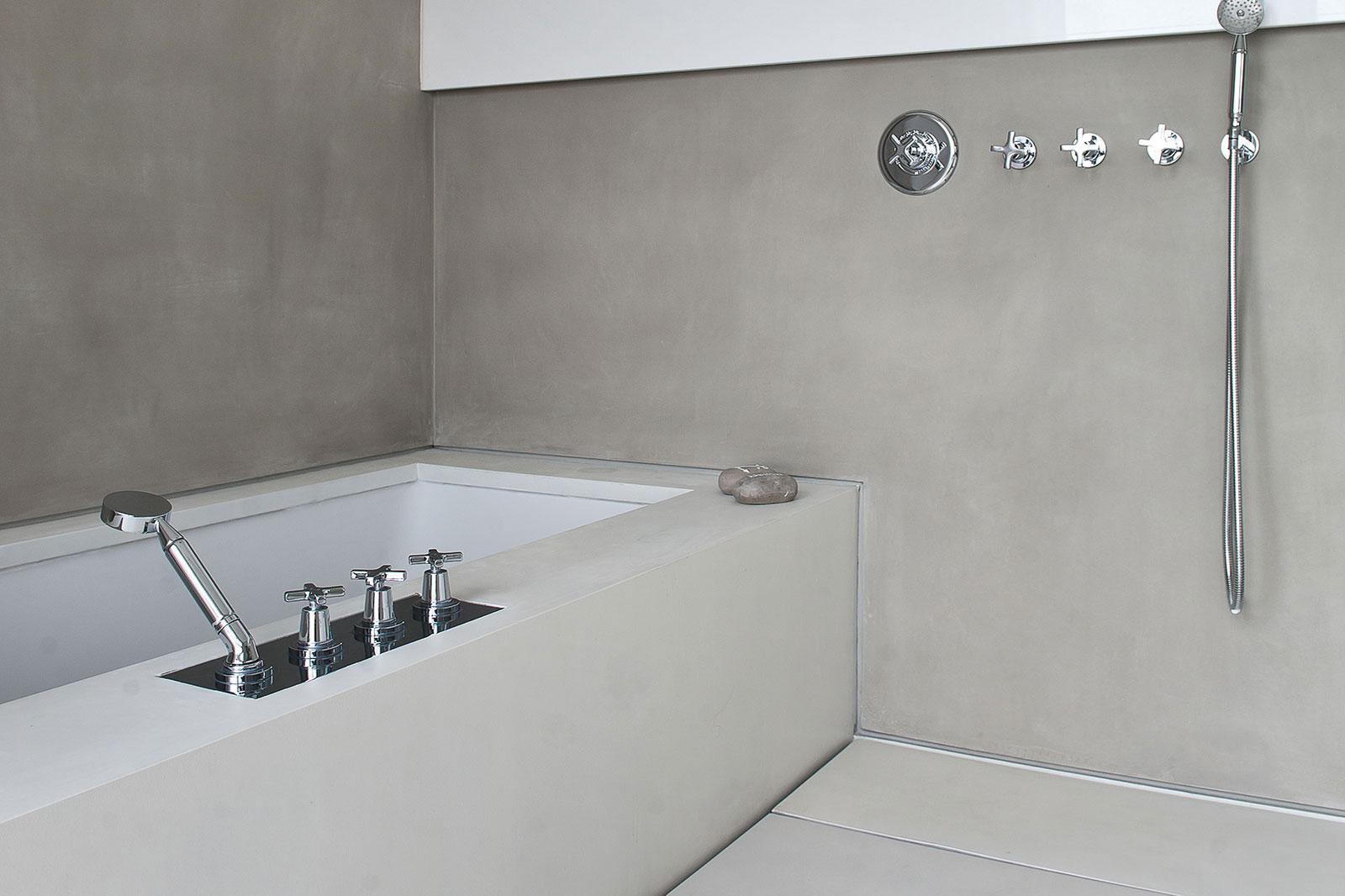 Concrete bathroom by BETONADA (6)