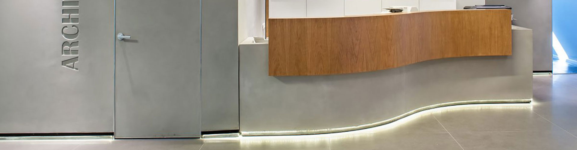 Microtopping-Concrete-Office-Design-_-By-BETONADA-(B1)