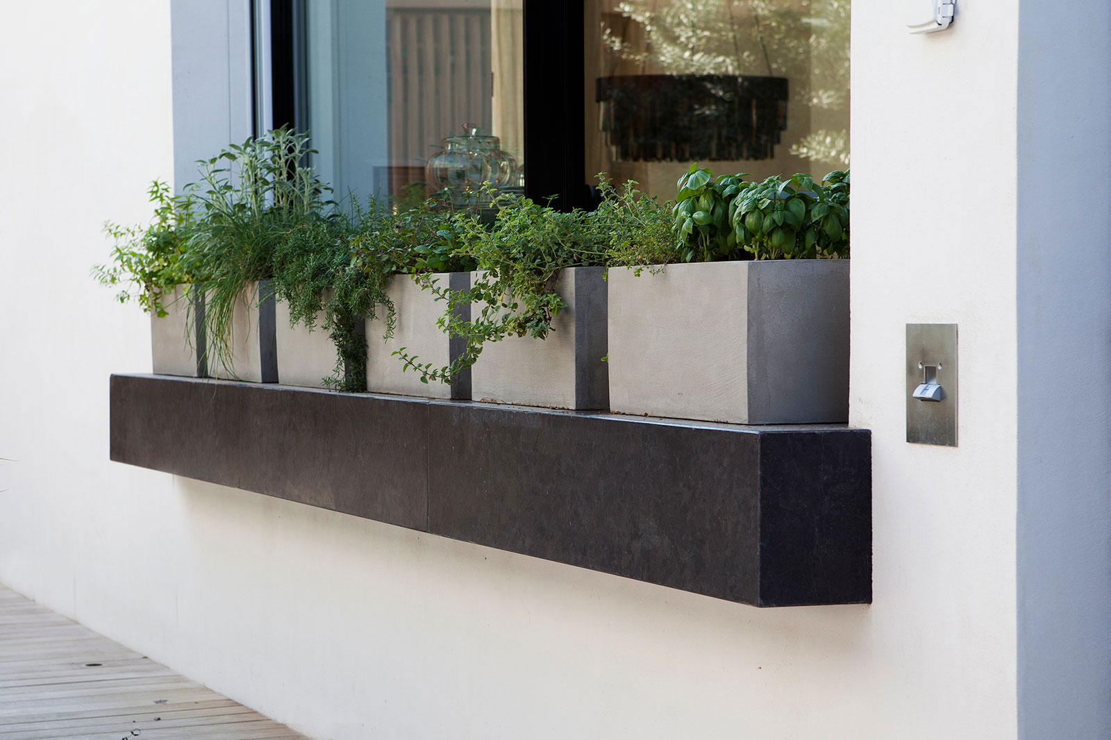 concrete planter by_BETONADA (1)